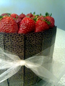 chocolate mud strawberry cake